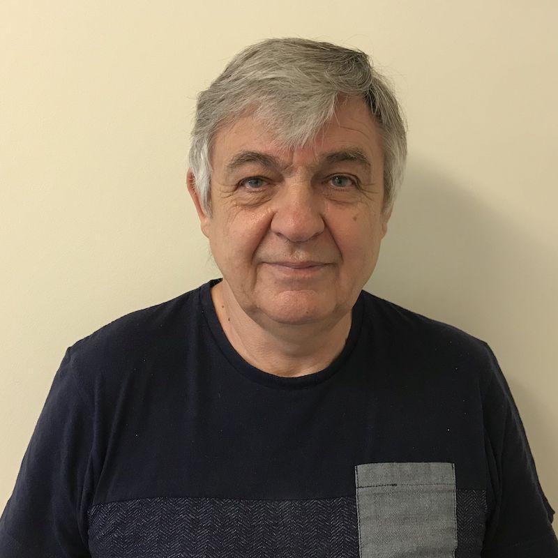 György